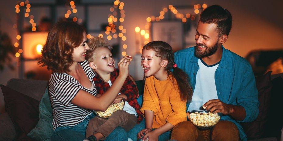 family-movie-popcorn