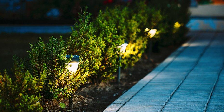 solar light pathway