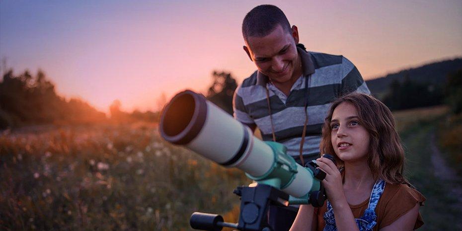 father daughter telescope
